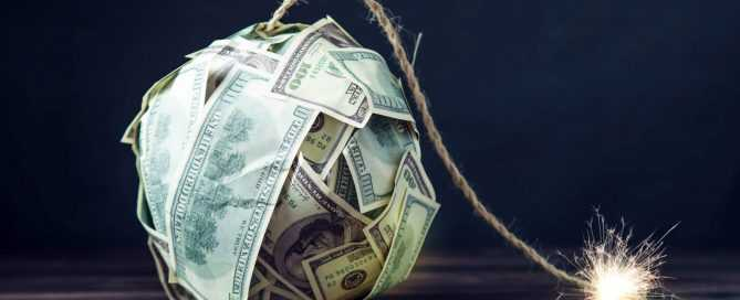 Know The Dangers of Payday Loan Debt