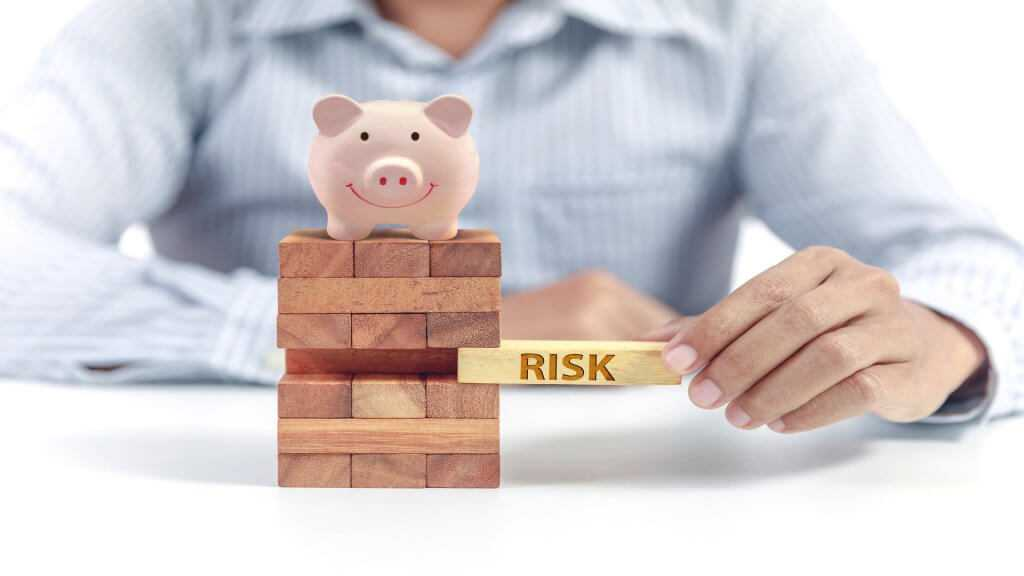 The Risk of Payday Loans